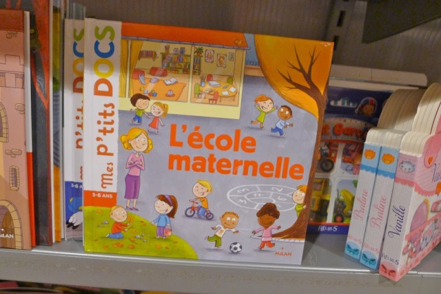 French school supplies children's book on Ecole Maternelle