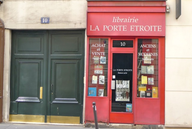 French school supplies bookstore