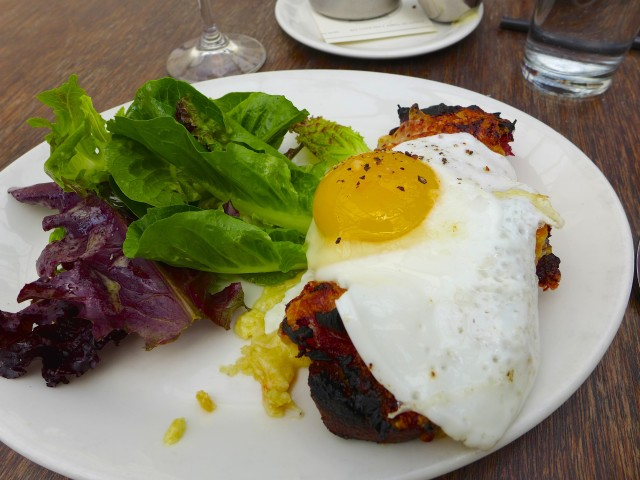 Croque-Madame with organic local products